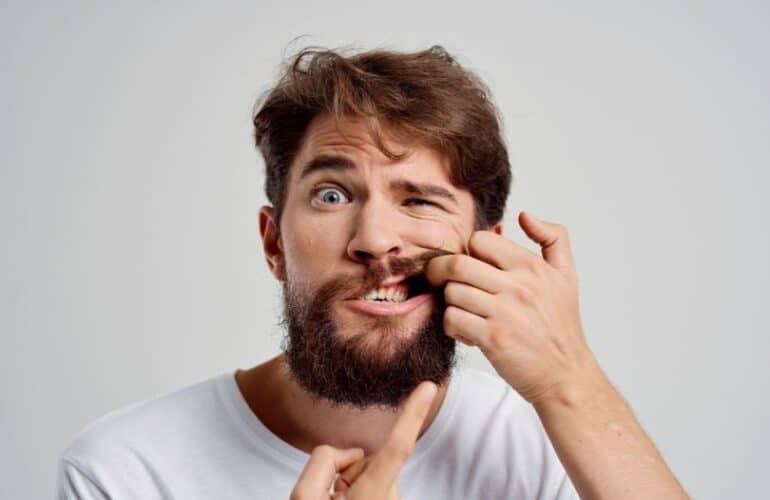 A man has Abscess tooth issue